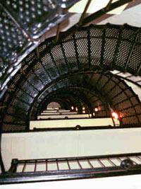 Metalen trappen met een ijzersterk design