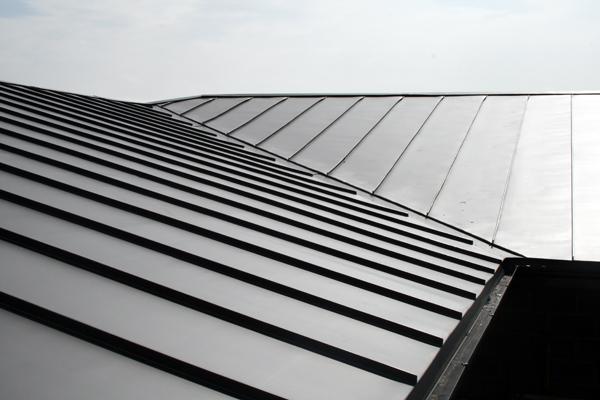 Zinken daken: voor- en nadelen